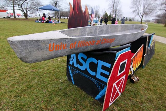 UIC Concrete Canoe